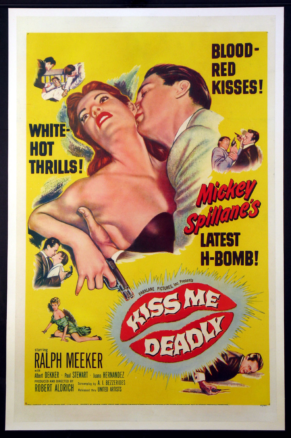 KISS ME DEADLY @ FilmPosters.com